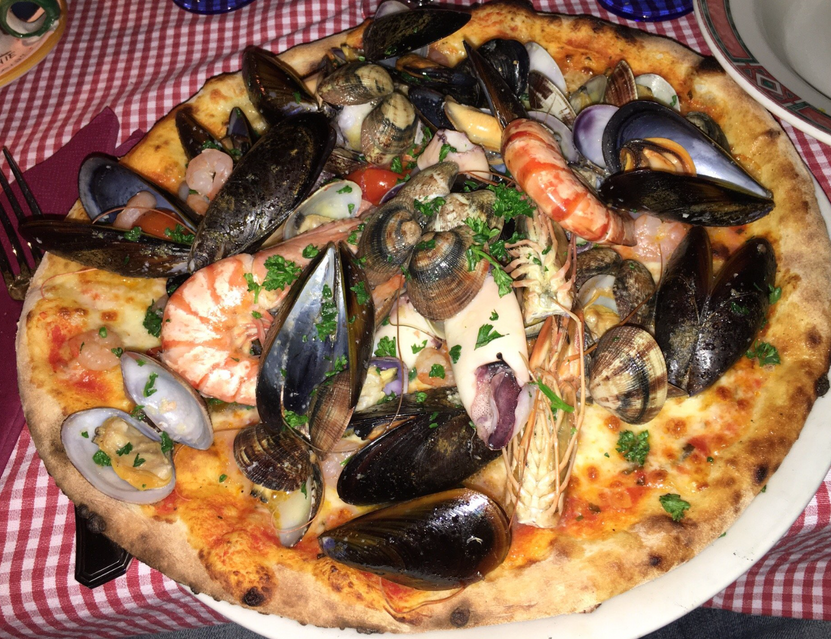 Pizza fruits de mer - La Gondola Veneziana